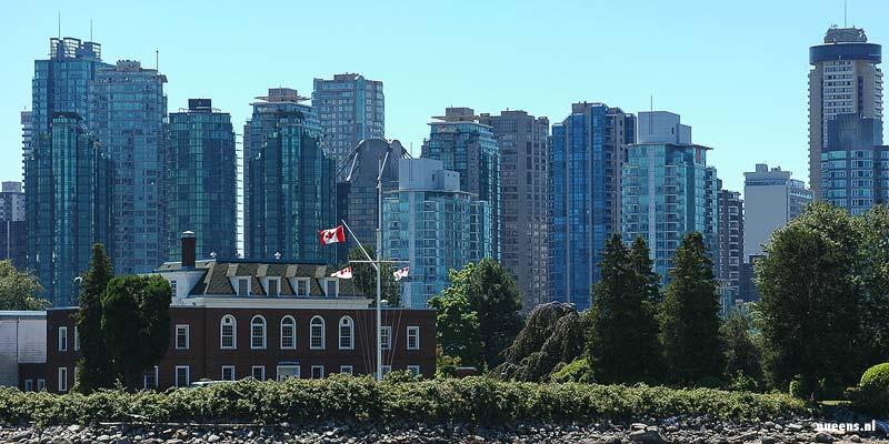De Skyline van Vancouver, de geboortestad van Greenpeace