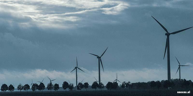 Windmolens in Flevoland. Zover als het oog reikt